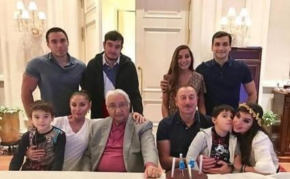 Prezident İlham Əliyevin ad günündən fotolar
