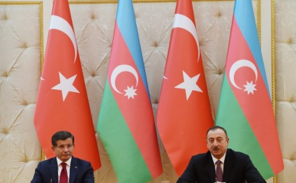 President Ilham Aliyev and Turkish Prime Minister Ahmet Davutoglu made statements for the press