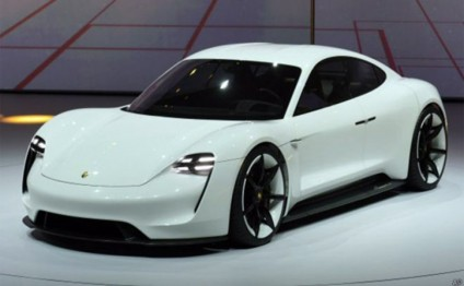 Porsche to spend $1 billion on new electric car plant, create jobs