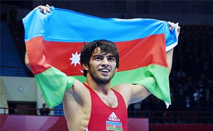 Azerbaijani wrestler wins bronze medal in Moscow tournament