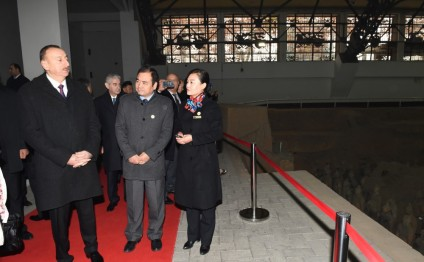 President Ilham Aliyev viewed Terracotta Army Museum in China