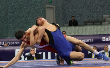 Azerbaijani wrestlers win two medals at international cadet tournament