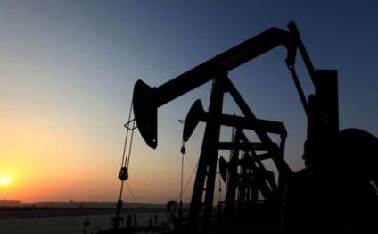 Production of oil on Russian continental shelf up 16% in 2015