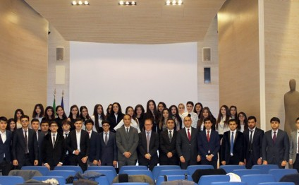 ADA University students visit Italy