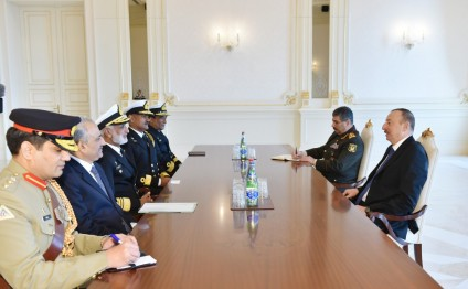 President Ilham Aliyev received the Chief of Naval Staff of the Pakistan Navy