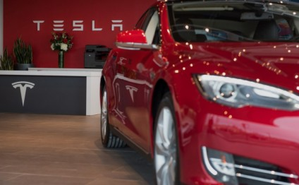 Tesla sees jump in car deliveries