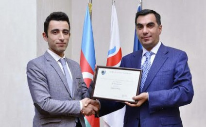 BHOS student awarded prize from university of Great Britain second time