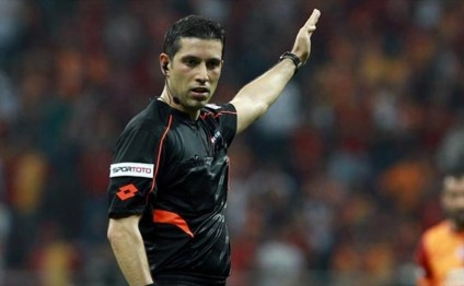 Turkish referees to control Saint-Etienne v Qabala match