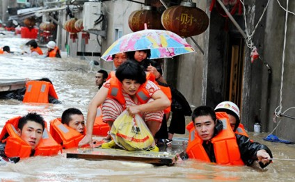 China's Hainan shuts down as typhoon hits