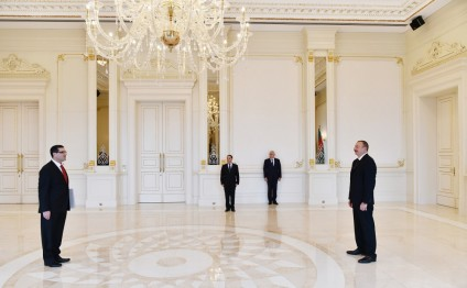 President Ilham Aliyev received credentials of the newly-appointed Ambassador of Turkey