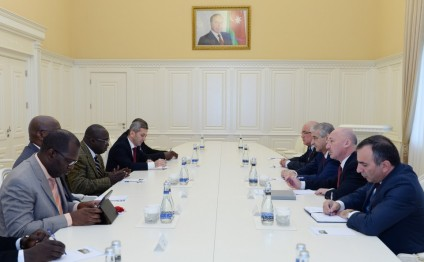 Azerbaijan`s Deputy Premier meets Director General of General Customs Administration of Senegal
