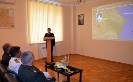 Iranian delegation visits Azerbaijan High Military School