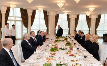Azerbaijani Prime Minister, Croatian President have joint working dinner