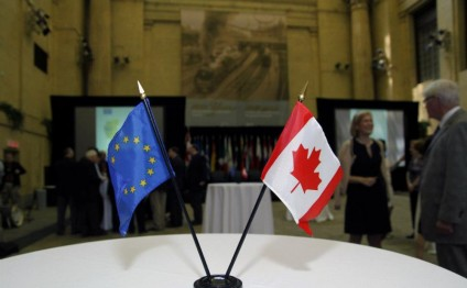 EU and Canada sign long-delayed free trade deal