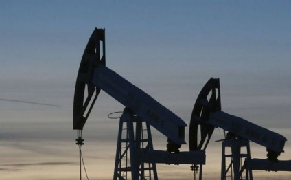 Egypt, Iraq discuss joint cooperation in oil sector