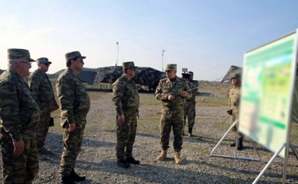 Defense Minister visits Mobile Command Post of Azerbaijani Air Force