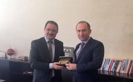 Azerbaijan, Turkey discuss TV and radio cooperation