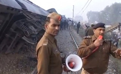 India train derailment kills at least 133, more than 200 injured