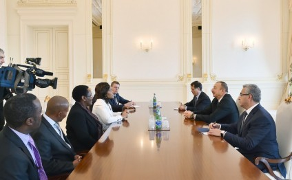 President Ilham Aliyev received delegation led by South African Minister of International Relations and Cooperation