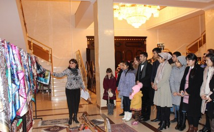 """Uzbekistan through the eyes of Azerbaijani children"" exhibition launches in Tashkent"