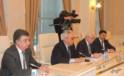 Azerbaijan, UK discuss bilateral relations