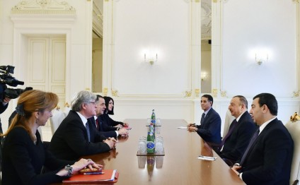 President Ilham Aliyev receives co-rapporteurs of PACE Monitoring Committee