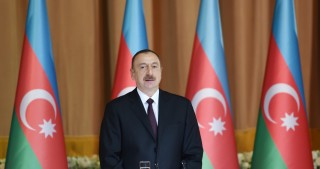 President Ilham Aliyev attended official reception on the occasion of Azerbaijan's Republic Day