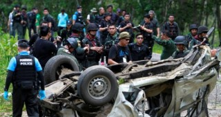 Bomb kills 3 police in Thailand's troubled south