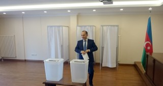 Voting starts in polling station at Azerbaijan's Consulate General in Istanbul