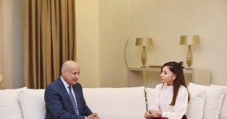 Azerbaijani first lady Mehriban Aliyeva meets with ISESCO Director General