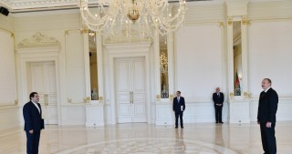 President Ilham Aliyev received credentials of incoming Iranian Ambassador