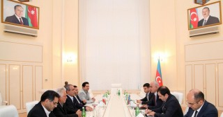 Azerbaijani Economy Minister meets with Ardabil Governor
