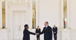 President Ilham Aliyev received credentials of incoming Bangladeshi Ambassador