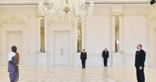 President Ilham Aliyev received credentials of incoming Ghanaian Ambassador