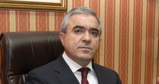 Azerbaijani diaspora head receives Moldova`s highest state award
