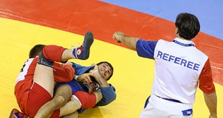 Azerbaijani sambo wrestlers vying for world medals