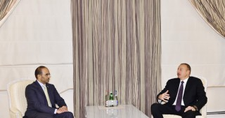 President Ilham Aliyev received chairman of Dubai Chamber of Commerce and Industry