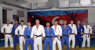 Azerbaijani veteran judoka becomes world champion