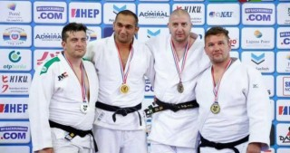 Azerbaijani veteran judo fighters claim five world medals