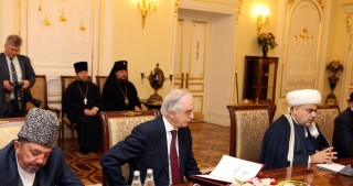 Chairman of Caucasus Muslims Office meets Russian Patriarch
