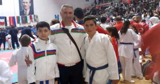 Junior Azerbaijani karate fighters grab two medals in Turkey