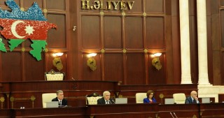 Azerbaijani Parliament holds plenary session