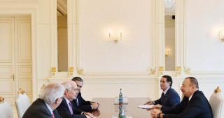 President Ilham Aliyev received delegation led by President of the Centrist Democrat International