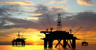 Azerbaijan agrees to slash oil output by 35,000 bpd