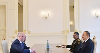 President Ilham Aliyev received delegation led by Georgian Defense Minister