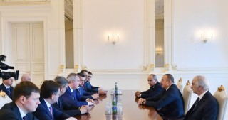 President Ilham Aliyev received delegation led by Russian deputy Prime Minister
