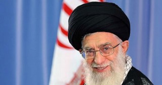 Iranian Leader pardons hundreds of prisoners