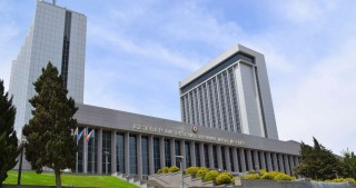 Speaker of Azerbaijan`s Parliament meets Kyrgyz counterpart