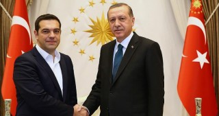 Erdogan, Tsipras discuss Cyprus peace talks over phone