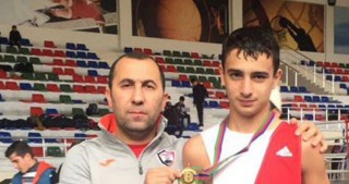 Junior Azerbaijani boxer wins international tournament in Russia